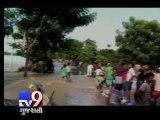 Heavy rains wreak havoc in UP, Bihar - Tv9 Gujarati