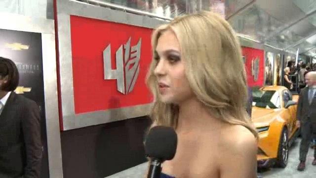 Actress Nicola Peltz - Interview