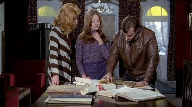 The Werewolf Vs Vampire Woman (1971) - Paul Naschy, Gaby Fuchs, Barbara Capell - Feature (Horror)