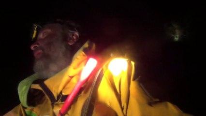 ART - Yvan Bourgnon retrouve son bateau échoué sur les rochers