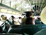 Le bus collectif ambiance boite de nuit!