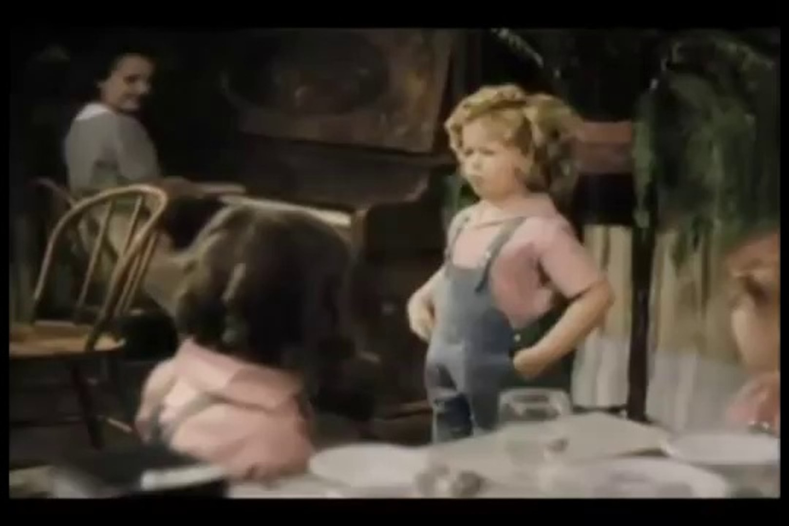 Shirley Temple - Animal Crackers in My Soup