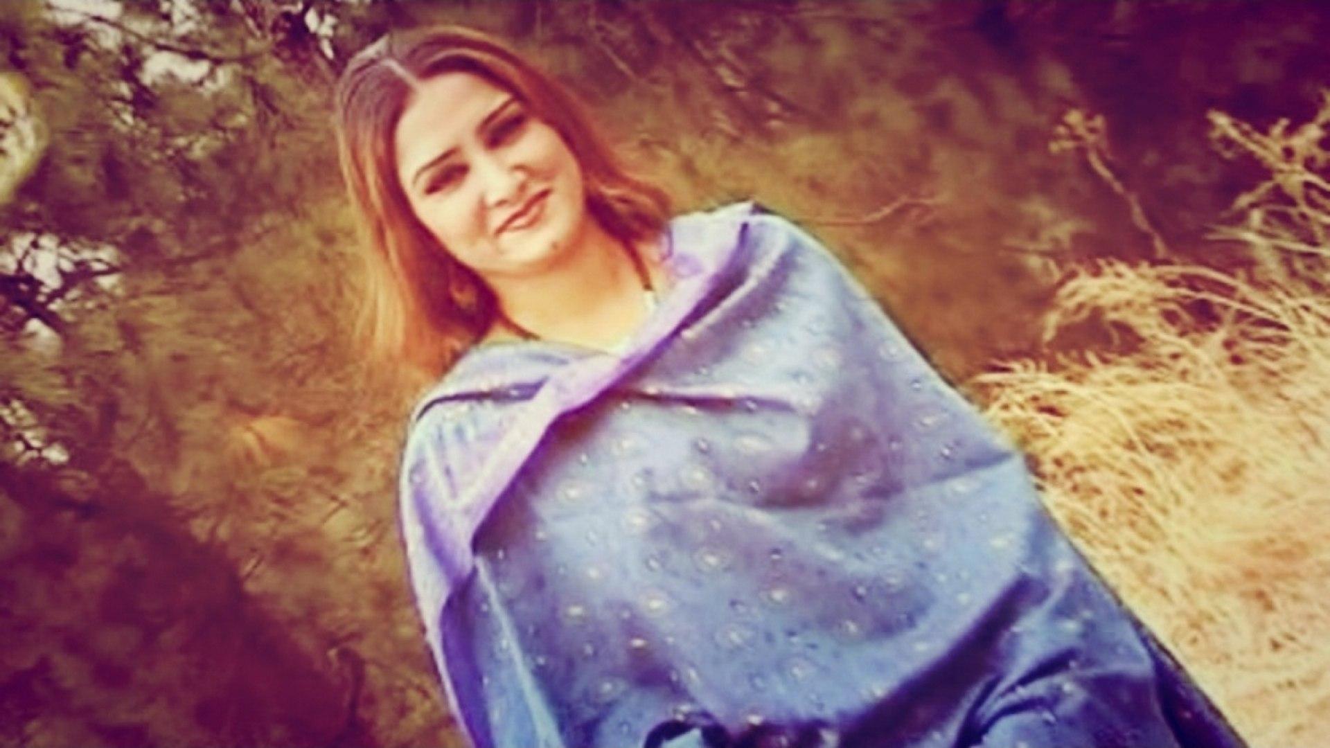 Saima Naz - Khabar De Gadh Wadh Rala Roarho