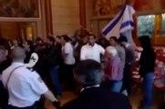Algerie 2013_ Les sionistes du betar et de la LDJ (ligue juive) agresse des vieux devant la police