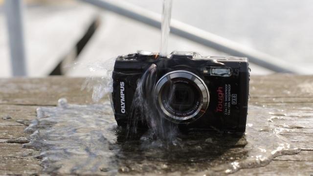 Waterproof gadgets for a summer roadtrip