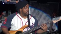 Victor Wooten - Bass Solo (Bela Fleck And The Flecktones, Midwest City, 2012-04-10)
