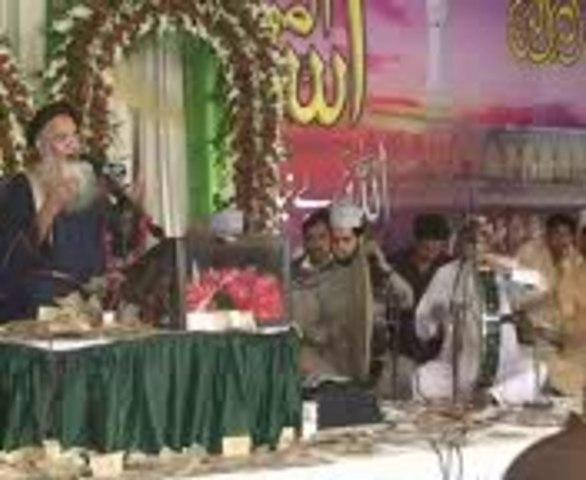 Prof: Abdul Rauf Rufi-Allah Ha Karam in Jauharabad Mehfil-e-naat 2013