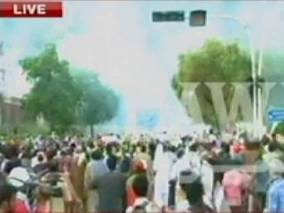 Islamabad stand-off: Army not backing PTI or PAT, says ISPR