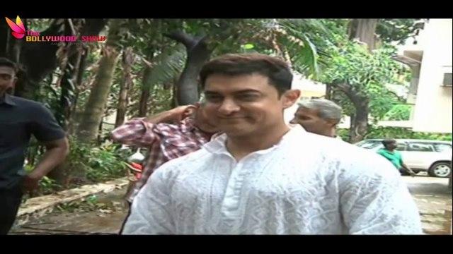 Aamir Khan Celebrates EID With Fans !