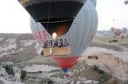GIOV.21-8-14 TURCHIA: LE MONGOLFIERE ALL'ALBA IN CAPPADOCIA, LE CITTA' SOTTO TERRA E TIPICI PAESAGGI.