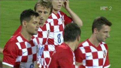 Гол Марио Манджукич · Хорватия - Кипр - 1:0