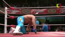Pequeño Olímpico © vs Astral for the CMLL World Mini Estrellas Championship