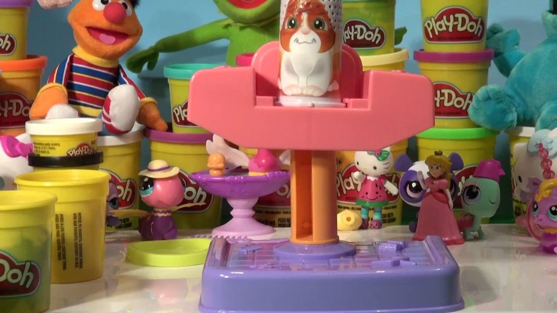 Littlest Pet Shop Play Doh Fuzzy Pumper Pet Parlor with lots of Play Doh colors  crazy stuff