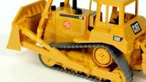 Caterpillar Bulldozer (Bruder 02422) _ ブルーダー CAT ブルドーザー ' Toy Review