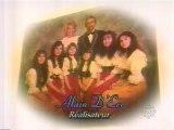 """La """"famille Trapp du Québec"""": les Messagères de Notre-Dame. Entrevue télévisée avec ce groupe vocal familial, à l'émission « Québec et son monde », Radio-Canada, 1996."""