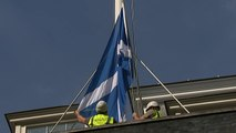 Saltire flag falls down over Downing Street