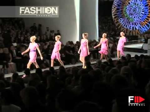 "Fashion Show ""Valentino"" Spring Summer 2008 Pret a Porter Paris 1 of 4 by Fashion Channel"