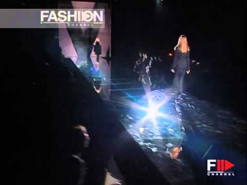 "Fashion Show ""Versace"" Autumn Winter 2006 2007 Milan 1 of 3 by Fashion Channel"