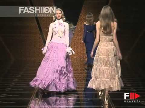 "Fashion Show ""Valentino"" Autumn Winter 2007 2008 Pret a Porter Paris 3 of 4 by Fashion Channel"