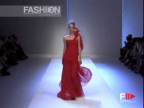 "Fashion Show ""Valentino"" Spring Summer Paris 2007 3 of 3 by Fashion Channel"