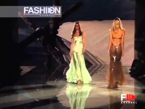 "Fashion Show ""Versace"" Spring Summer 2006 Milan 3 of 3 by Fashion Channel"