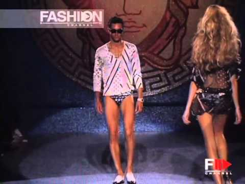 "Fashion Show ""Versace"" Spring Summer 2006 Menswear Milan 1 of 4 by Fashion Channel"