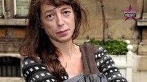 """Charlotte Gainsbourg """"toujours abasourdie"""" par la mort de sa sœur Kate Barry"""