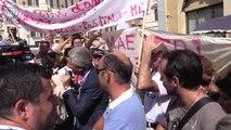 il M5S in piazza con gli invisibili della scuola ignorati dal governo Renzi - MoVimento 5 Stelle