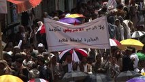 Anti-govt. protests continue in Yemen as negotiations go on
