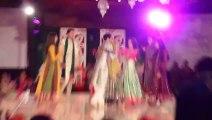 ERUM UMAR MEHNDI Dance 2014 HD