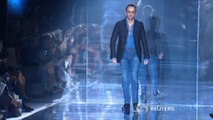 Tom Ford live-streams runway show for the first time