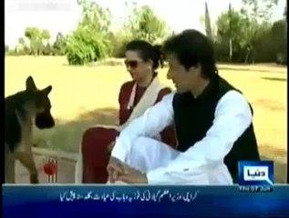 Watch Imran Khan's Dog Sheru Annoying Mehar Bukhari During Interview (Old Video)