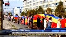 Uniţi de tricolor - dragostea pentru limba română, istorie şi unire. Cel mai mare steag din istoria României şi a R. Moldova, desfăşurat la Chişinău.