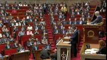 """Valls à l'Assemblée : """"Nous devons être aux côtés de tous nos entreprises, nos entrepreneurs"""""""