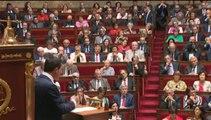 """""""Nous ne faisons pas de l'austérité"""", répète Manuel Valls aux députés"""