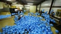 Skateboarding en 5001 ballons! - Planche à roulettes de ballon