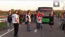 Fogolycserék és folytatódó harcok Kelet-Ukrajnában