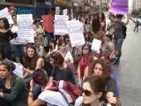 Kadınlar, Kurtuluş Son Durak'ta cinayetleri protesto etti
