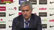 Jose Mourinho I don't look at direct opponents we are leaders