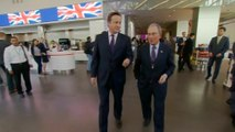 """Britain's Queen """"purred"""" with relief after Scottish referendum, British PM overheard saying in New York"""