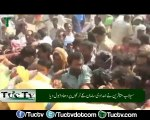 Tuctv - Flood affectees storm trucks containing relief goods in presence of Abid Sher Ali