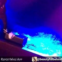 Wizkid Shuts Down London, Sprays $100 Bills