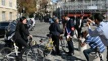 ARRAS : Christiane Taubira va à la rencontre des élus qui manifestent pour la défense du TGV, à Paris
