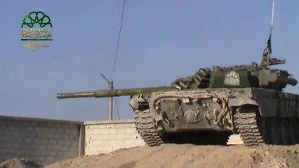 دبابات جيش الإسلام تقصف عصابات الأسد على أطراف مدينة عدرا