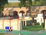 Former PM Manmohan Singh pays tribute to Mahatma Gandhi - Tv9 Gujarati
