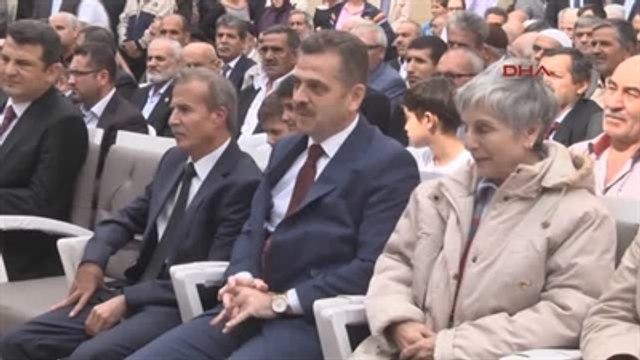 Mehmet Akif Ersoy Camii?nin Açılışını Akif?in Torunu Yaptı