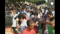 Hong Kong. Il capo del governo non si dimette ma accetta di discutere con i dimostranti