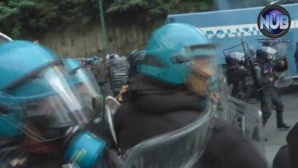 #BlockBCE Napoli - Scontri Polizia
