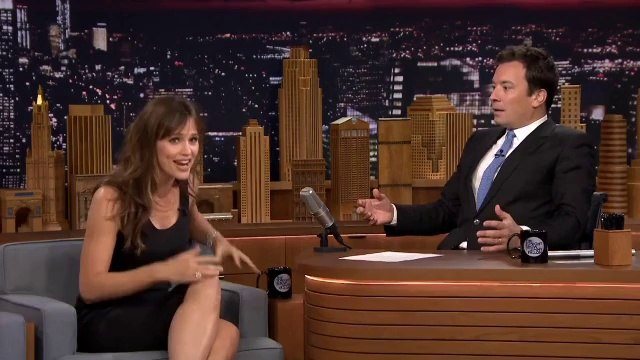 Jennifer Garner meets George Clooney with head lice!