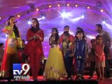Bollywood actress Huma Qureshi celebrates Navratri in Surat -  Tv9 Gujarati